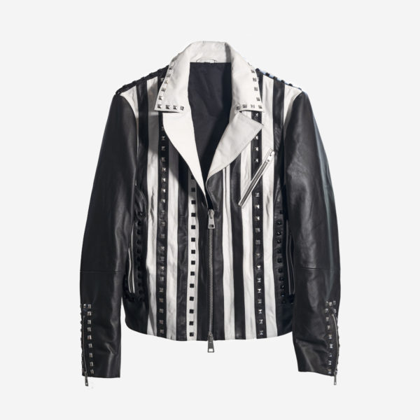 Ladies Jacket In Real Leather With Studs, Zipper closureZipped pockets Studs
